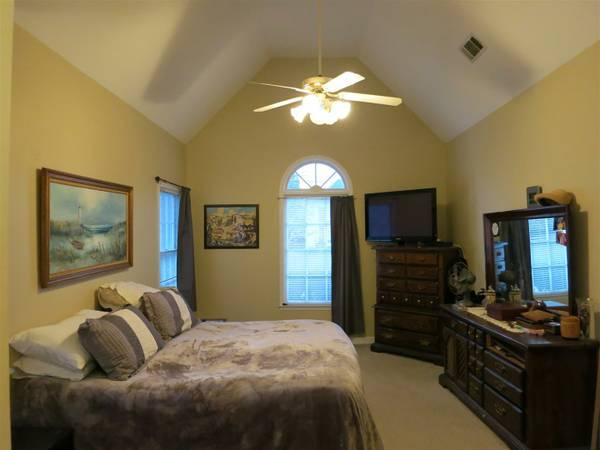 919-Michael-Lee-Way-Bedroom