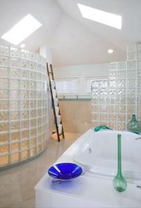 bath-1-203×300