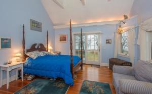 bedroom-3-300×186